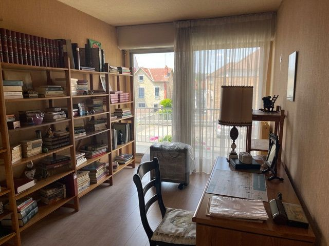 Appartement à vendre 5 109m2 à Melun vignette-6