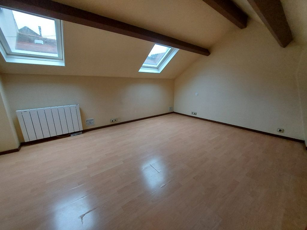 Appartement à louer 1 27.94m2 à Melun vignette-3