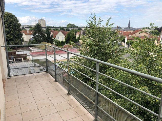 Appartement à vendre 3 60m2 à Melun vignette-5
