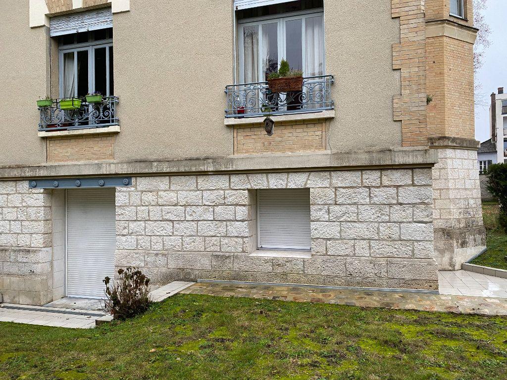 Appartement à vendre 2 49.95m2 à Fontainebleau vignette-14
