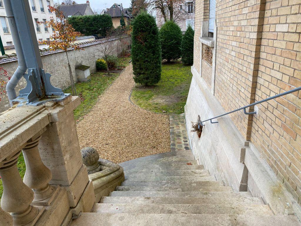 Appartement à vendre 2 49.95m2 à Fontainebleau vignette-16