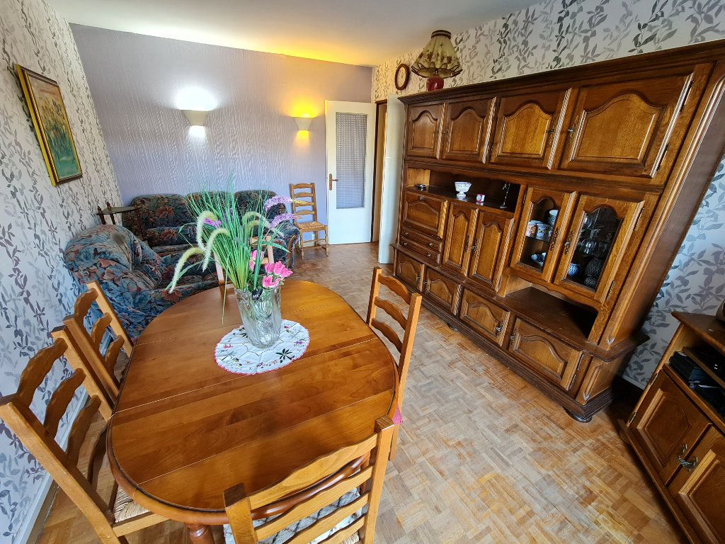 Appartement à vendre 3 64m2 à Saint-Fargeau-Ponthierry vignette-10