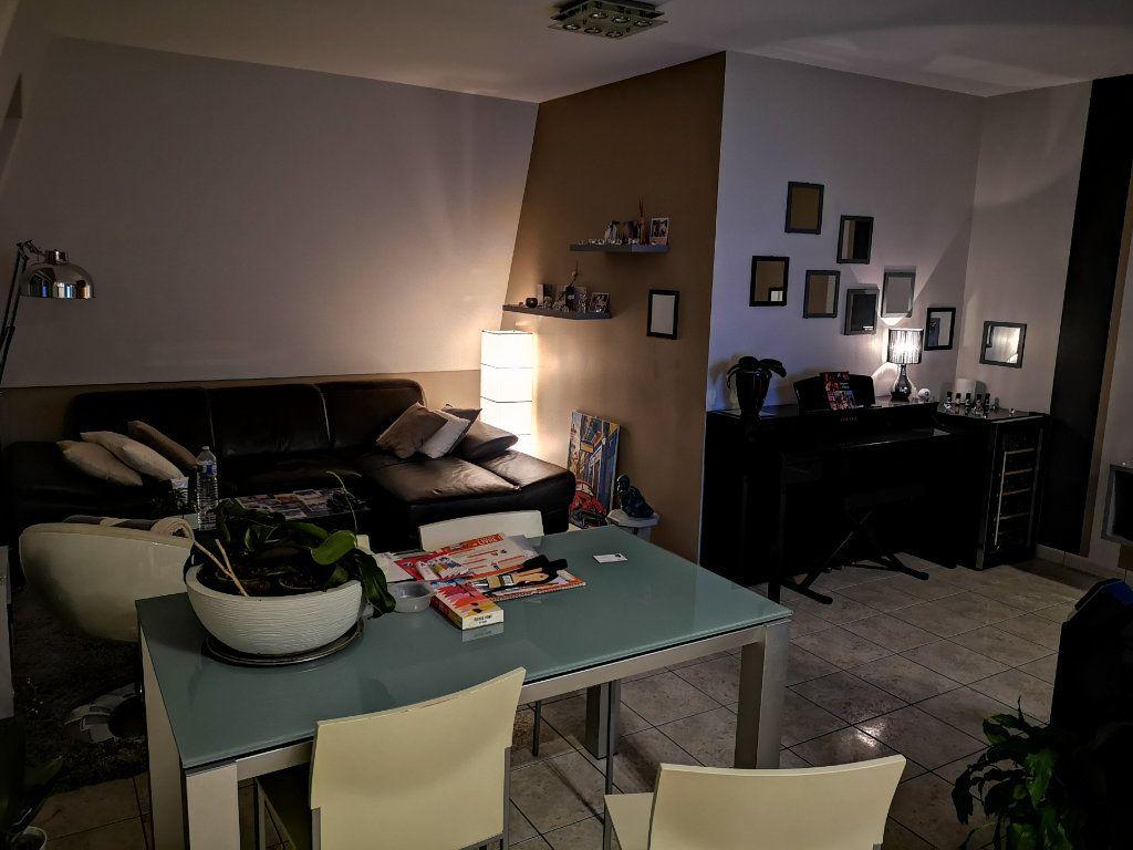 Appartement à vendre 2 48.98m2 à Saint-Fargeau-Ponthierry vignette-9
