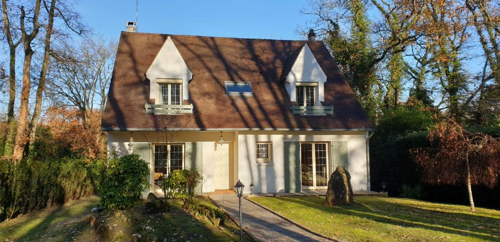 Maison à vendre 8 183m2 à Saint-Fargeau-Ponthierry vignette-1