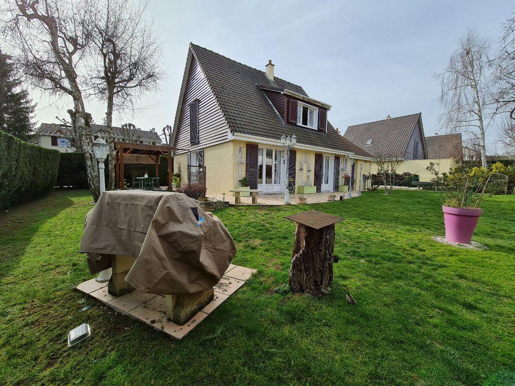 Maison à vendre 6 116m2 à Saint-Fargeau-Ponthierry vignette-4
