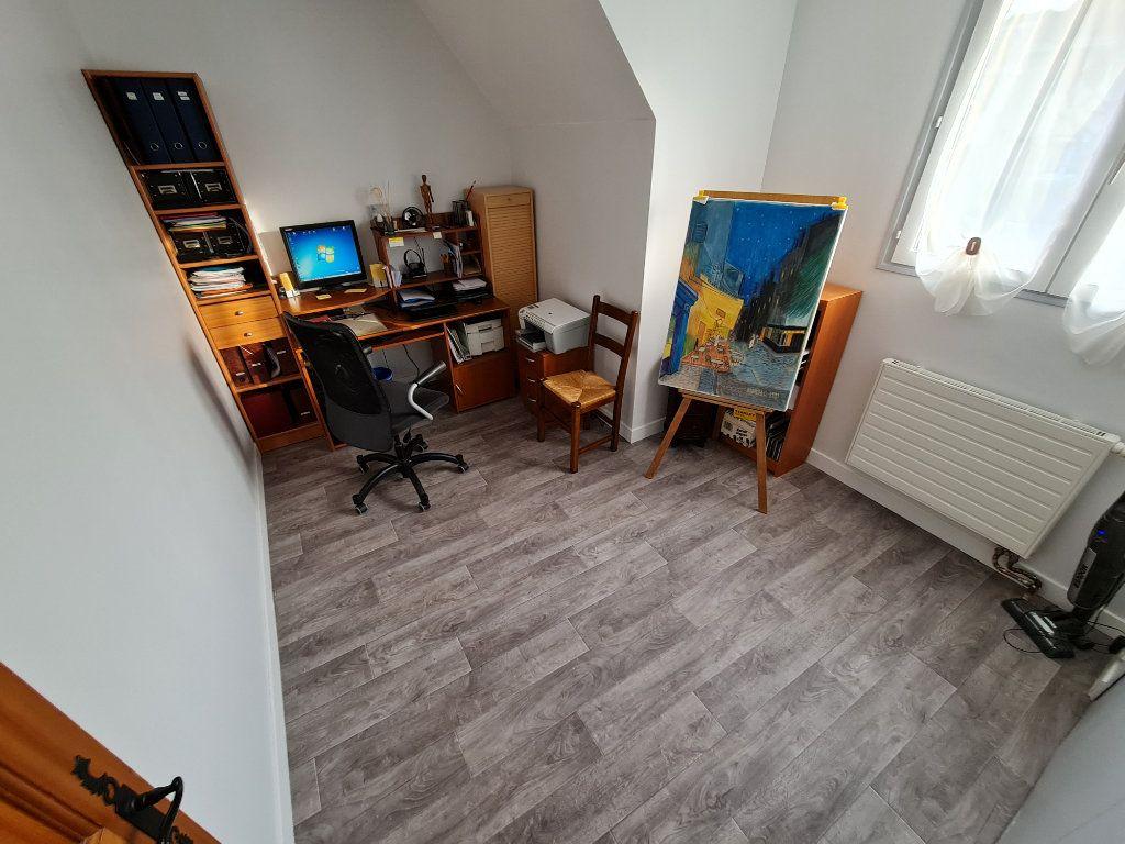 Maison à vendre 6 116m2 à Saint-Fargeau-Ponthierry vignette-13