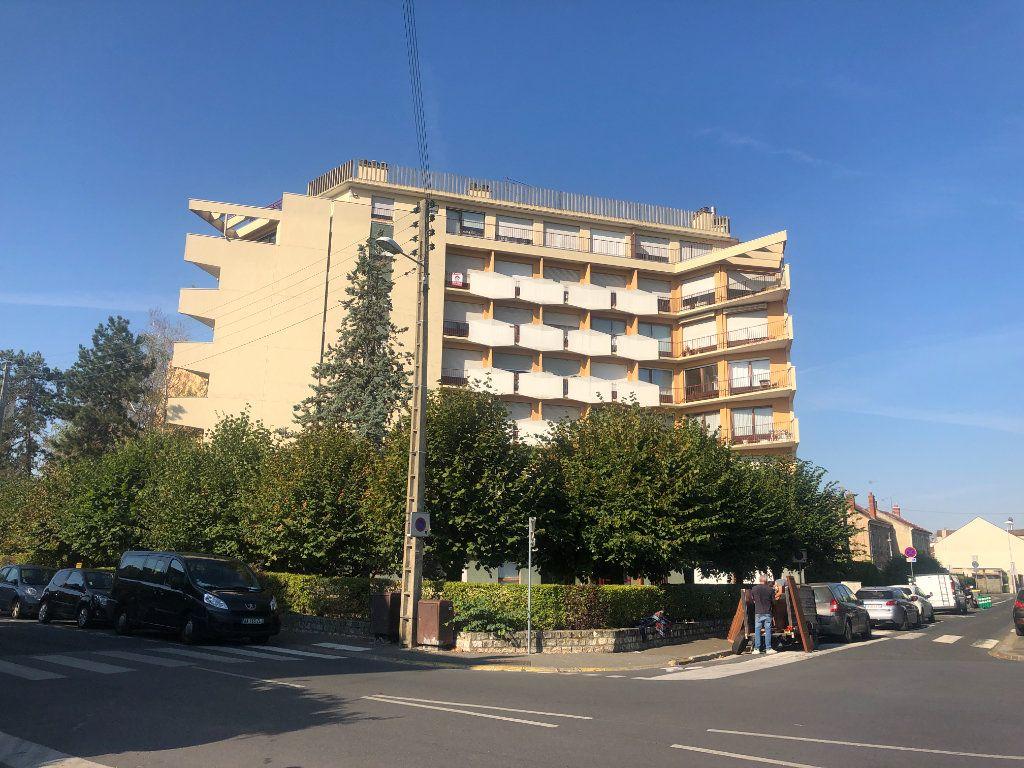 Appartement à vendre 4 98.2m2 à Melun vignette-1