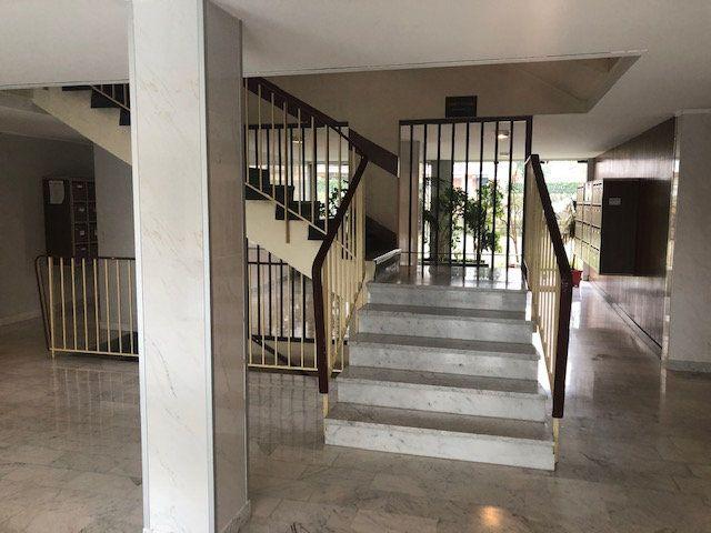 Appartement à vendre 4 98.2m2 à Melun vignette-2