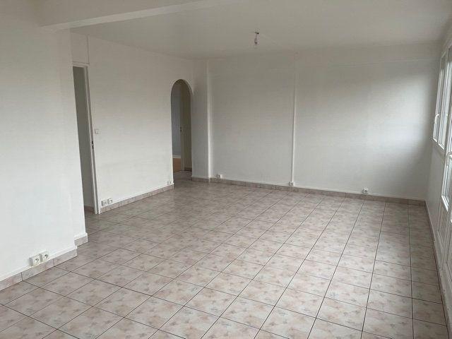 Appartement à vendre 4 65m2 à Avon vignette-3