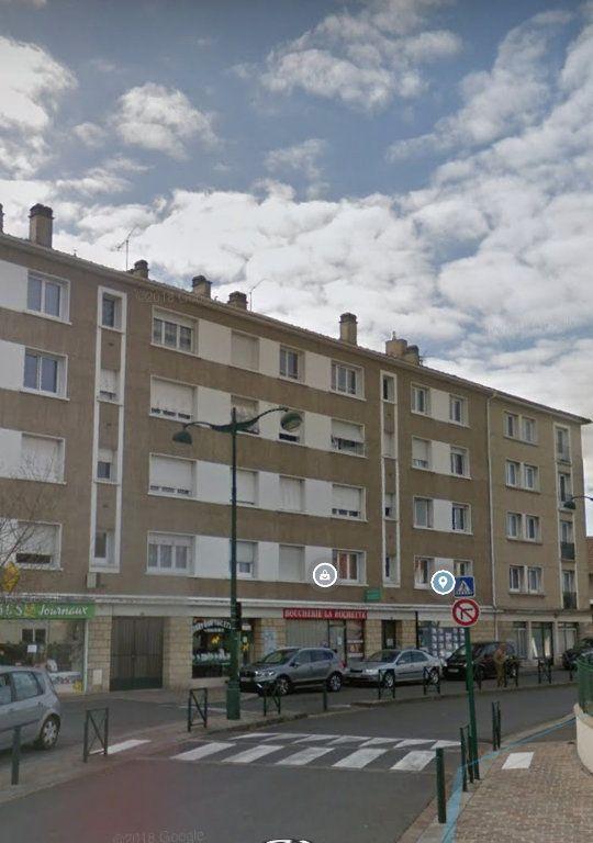 Appartement à louer 3 63.86m2 à La Rochette vignette-1