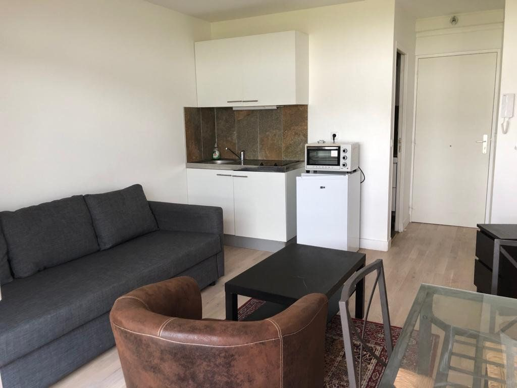 Appartement à louer 1 17.5m2 à Melun vignette-3