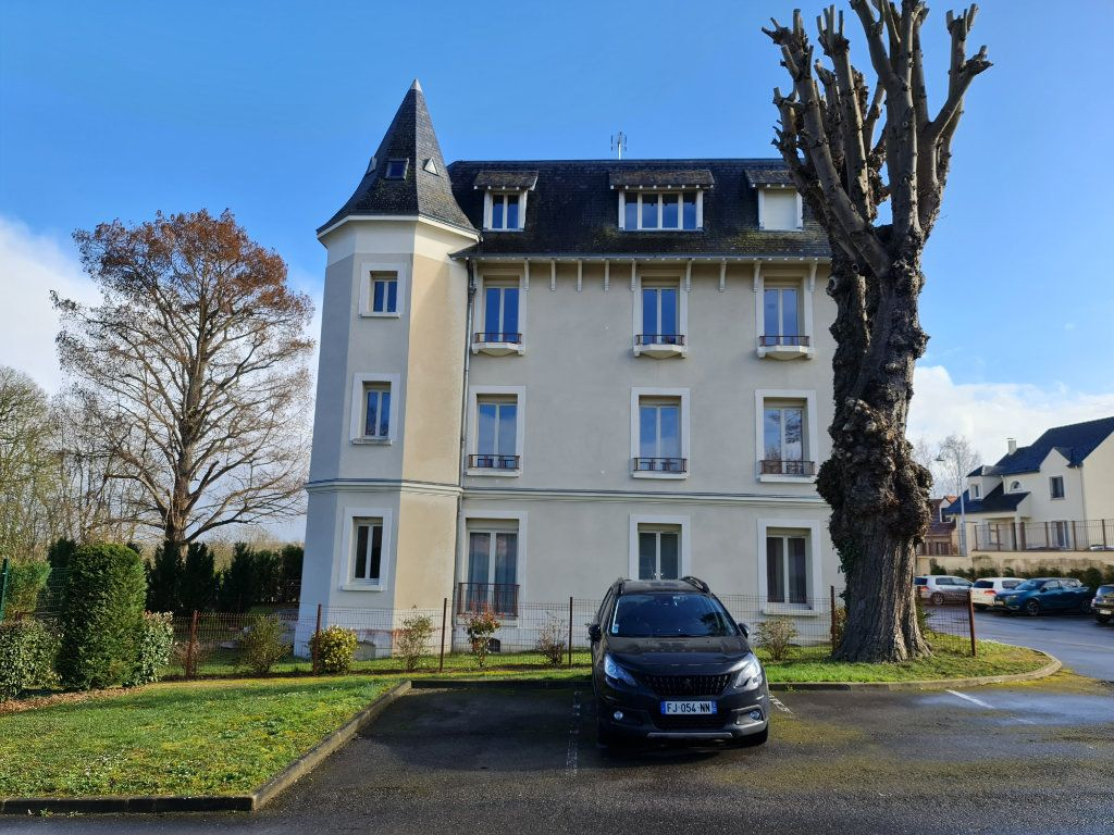 Appartement à vendre 4 81.66m2 à Saint-Fargeau-Ponthierry vignette-2