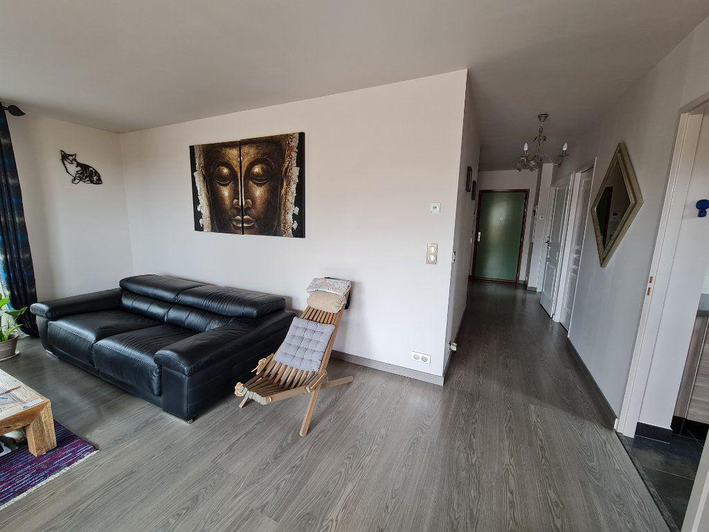 Appartement à vendre 4 81.66m2 à Saint-Fargeau-Ponthierry vignette-8