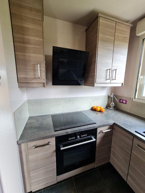 Appartement à vendre 4 81.66m2 à Saint-Fargeau-Ponthierry vignette-10
