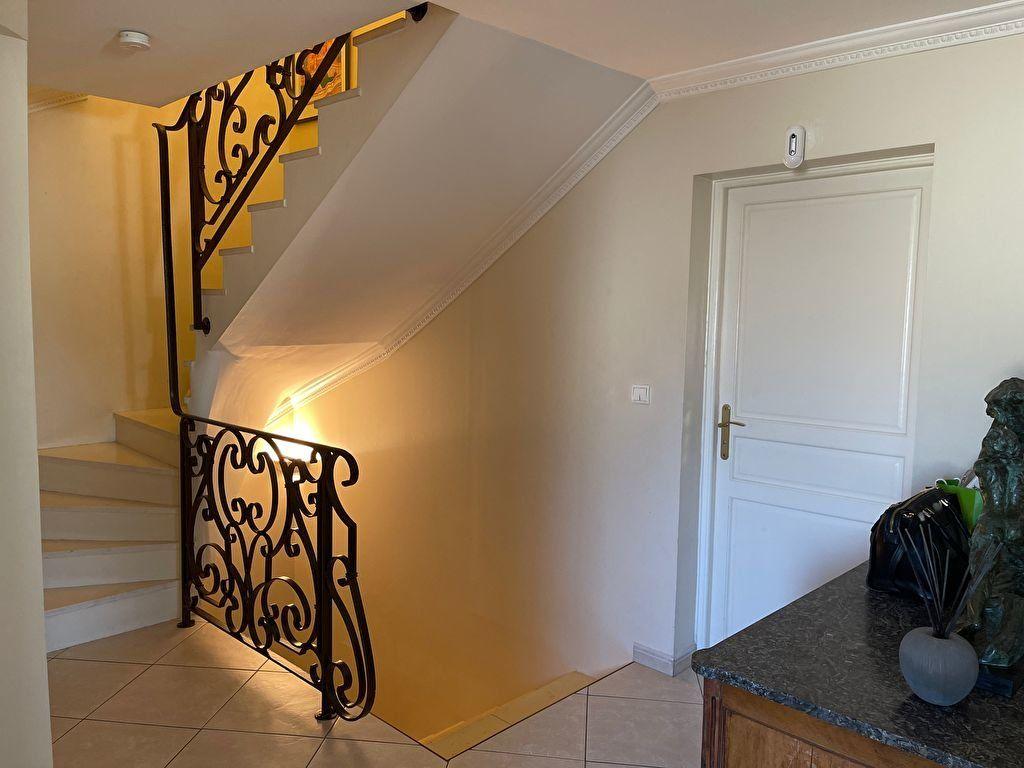 Maison à vendre 7 204m2 à Melun vignette-8