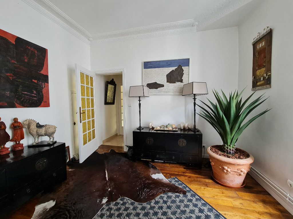Appartement à vendre 9 211m2 à Melun vignette-3