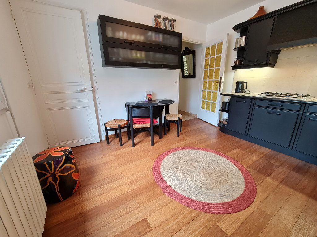 Appartement à vendre 9 211m2 à Melun vignette-6
