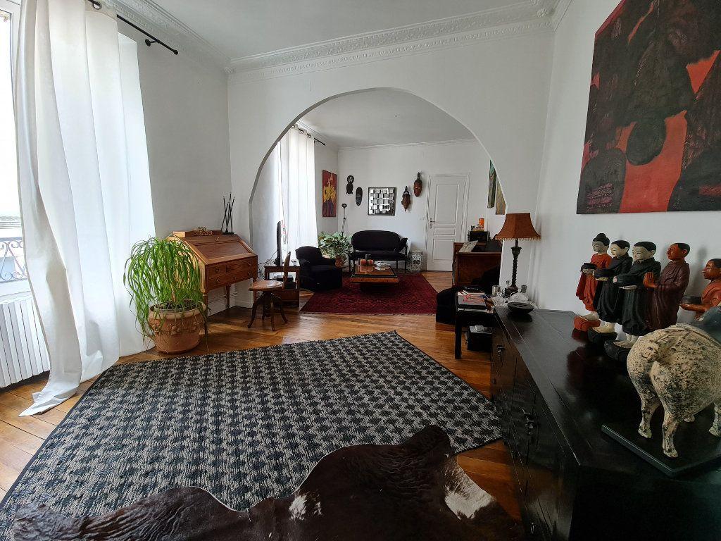 Appartement à vendre 9 211m2 à Melun vignette-7