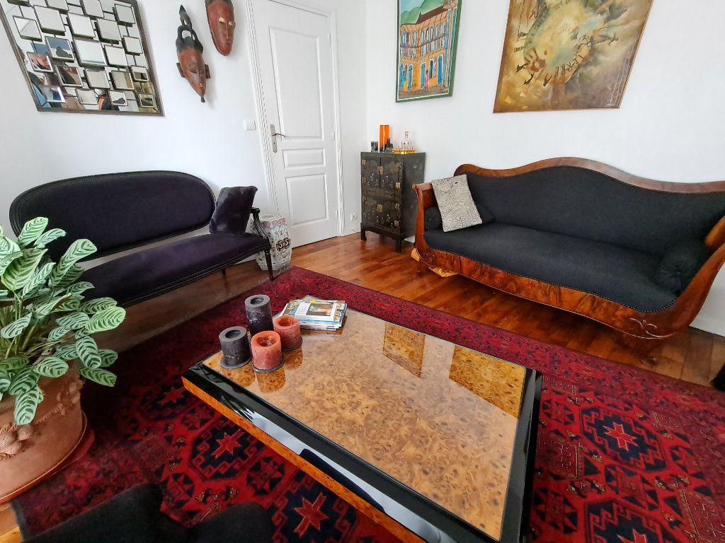 Appartement à vendre 9 211m2 à Melun vignette-10