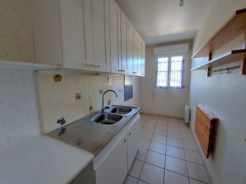 Appartement à louer 3 60.62m2 à Melun vignette-4
