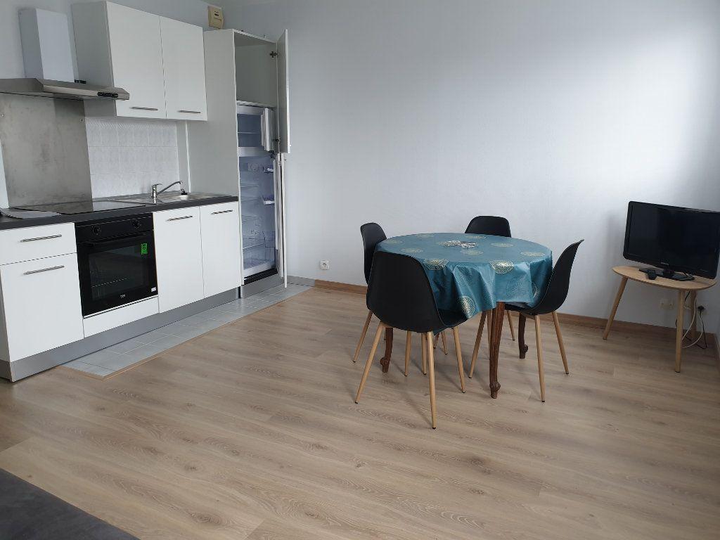 Appartement à louer 1 29.82m2 à Melun vignette-5