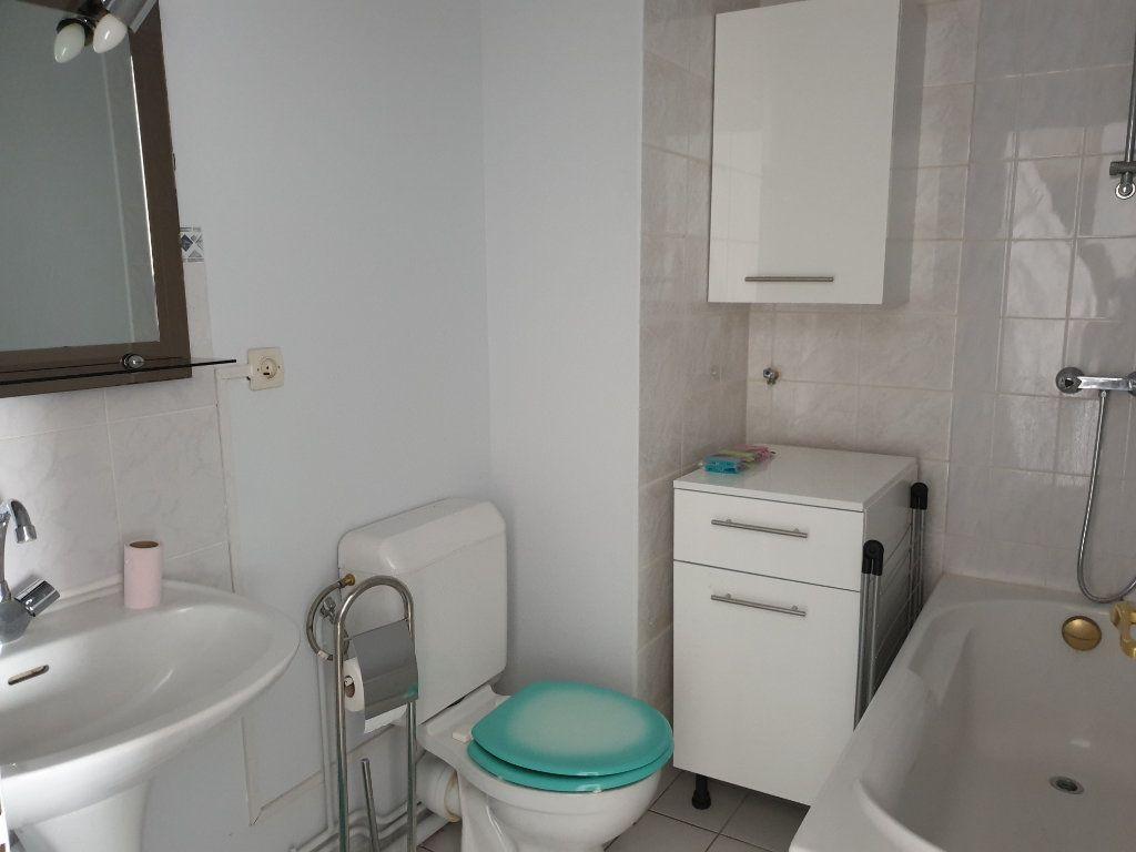 Appartement à louer 1 29.82m2 à Melun vignette-6