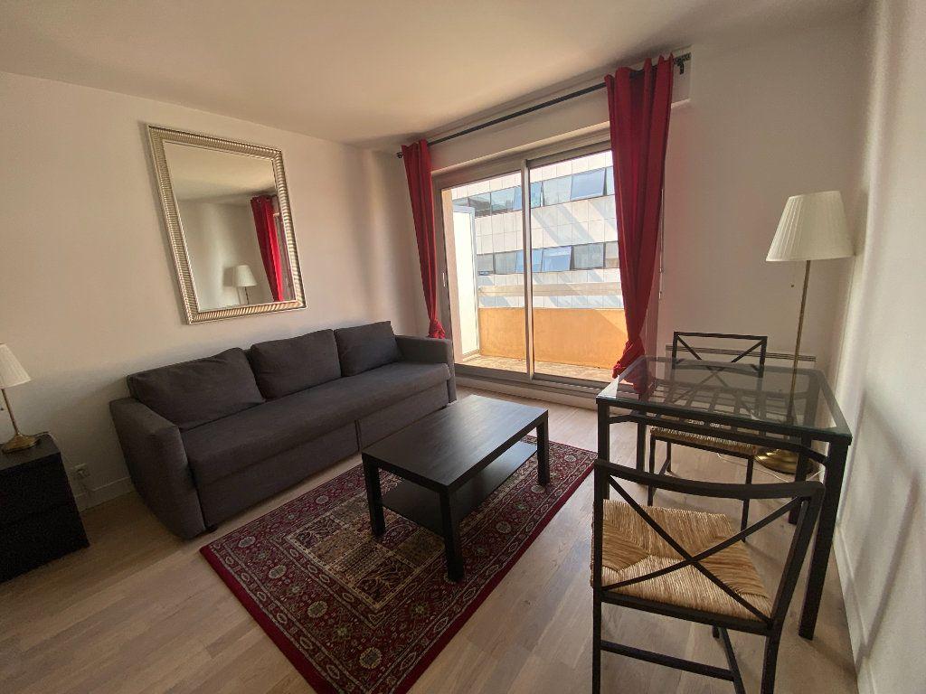 Appartement à louer 1 18.5m2 à Melun vignette-1