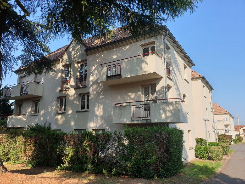 Appartement à louer 3 61.38m2 à Dammarie-les-Lys vignette-4