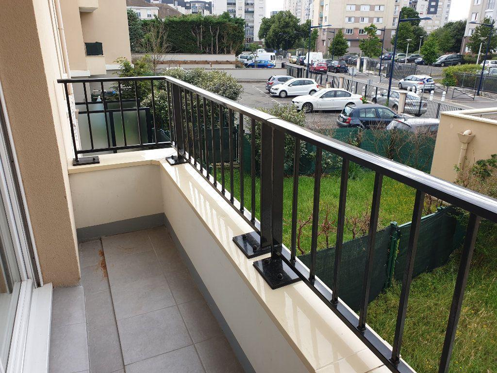 Appartement à louer 2 38.61m2 à Dammarie-les-Lys vignette-5