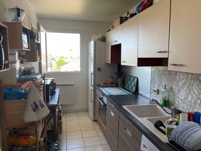 Appartement à louer 4 77.31m2 à Melun vignette-5