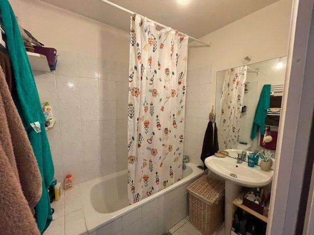 Appartement à louer 4 77.31m2 à Melun vignette-6