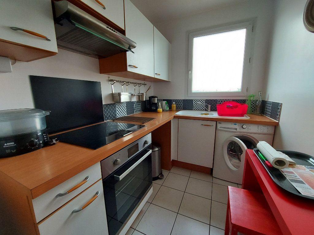 Appartement à louer 2 42.34m2 à Dammarie-les-Lys vignette-3