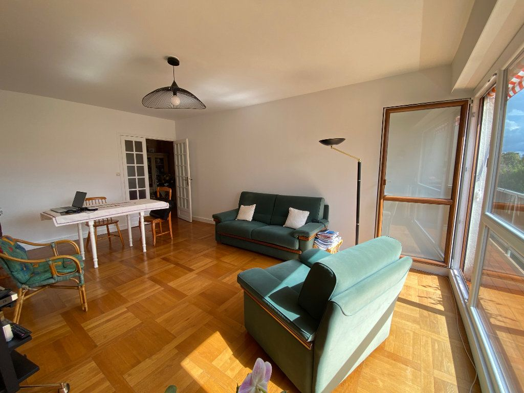 Appartement à vendre 3 75m2 à Melun vignette-6
