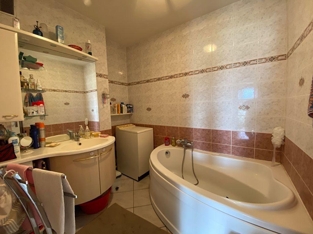 Appartement à vendre 3 75m2 à Melun vignette-15