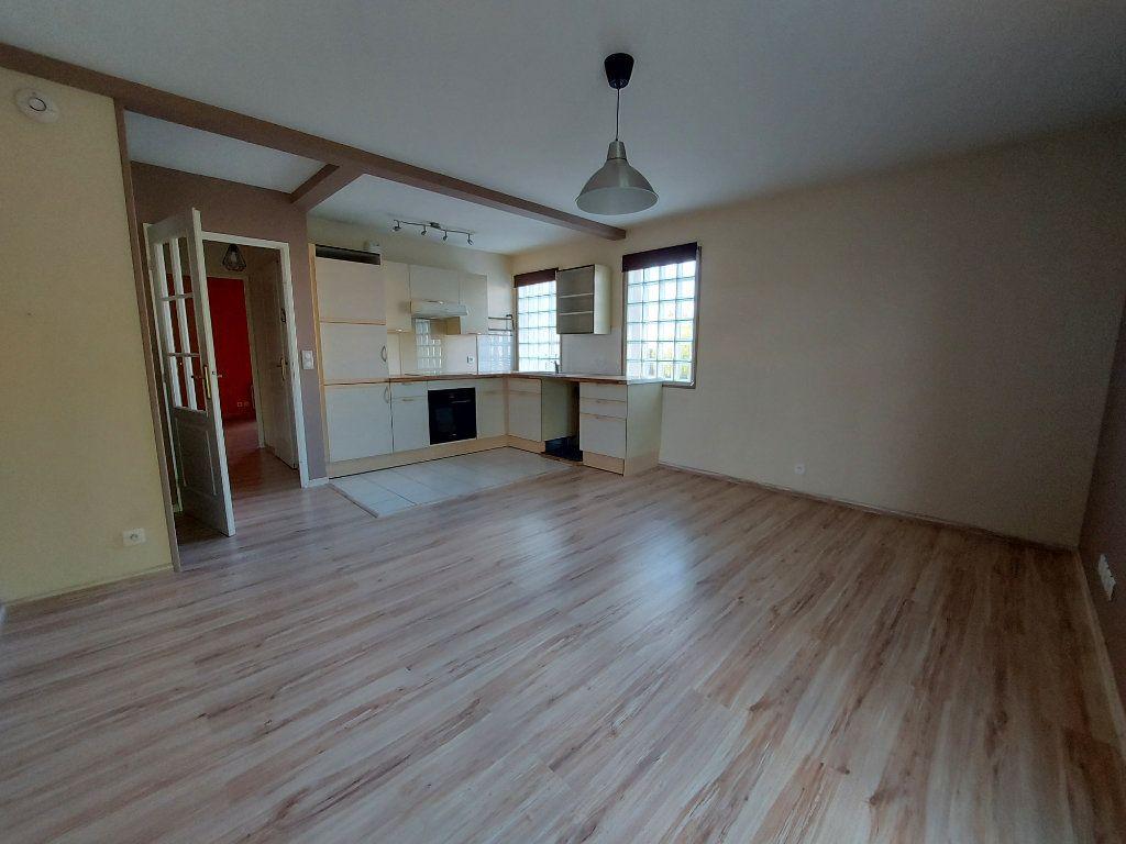 Appartement à louer 2 41.16m2 à Melun vignette-4