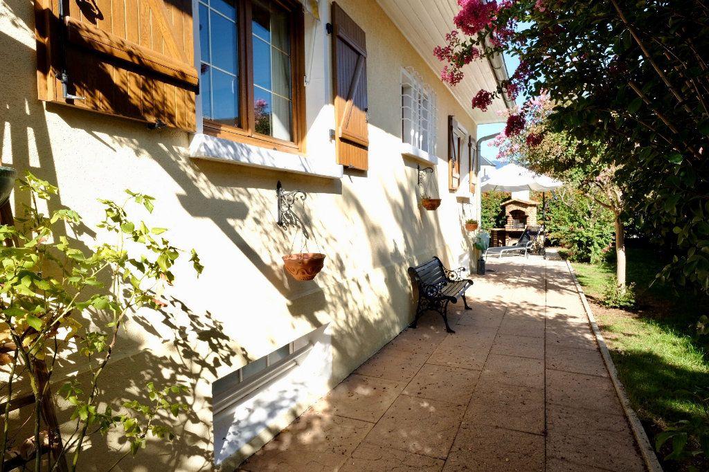 Maison à vendre 6 150m2 à Annemasse vignette-1
