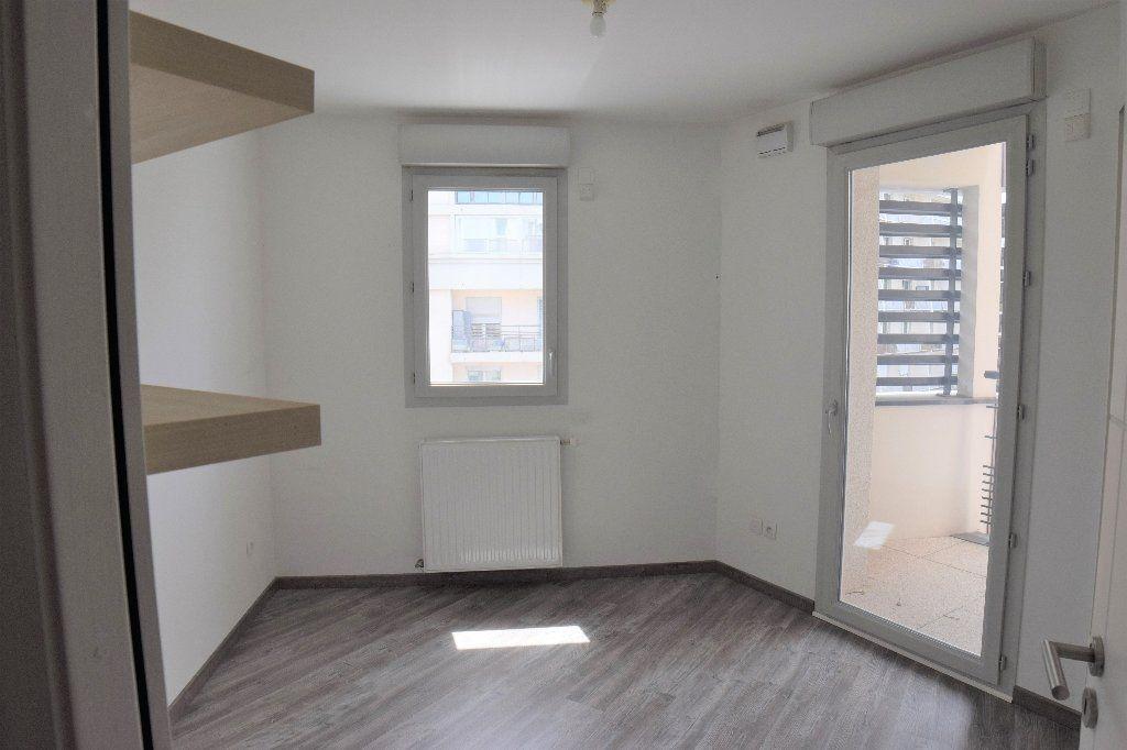 Appartement à louer 4 91.56m2 à Annemasse vignette-7