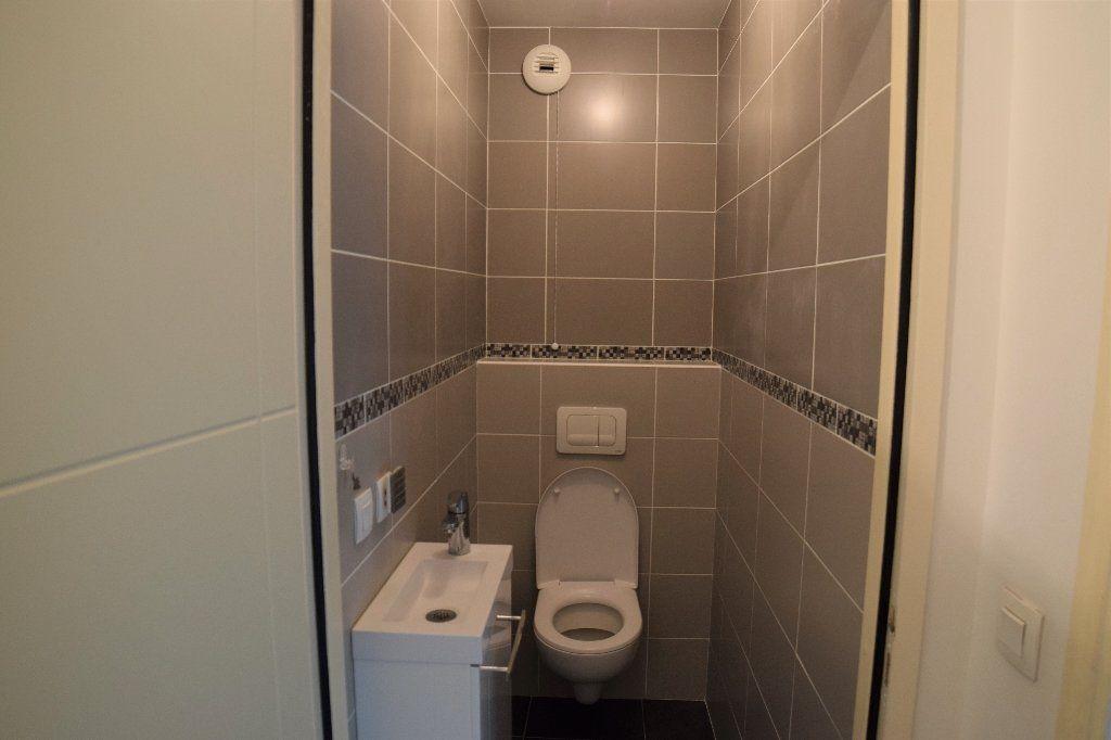 Appartement à louer 4 91.56m2 à Annemasse vignette-10