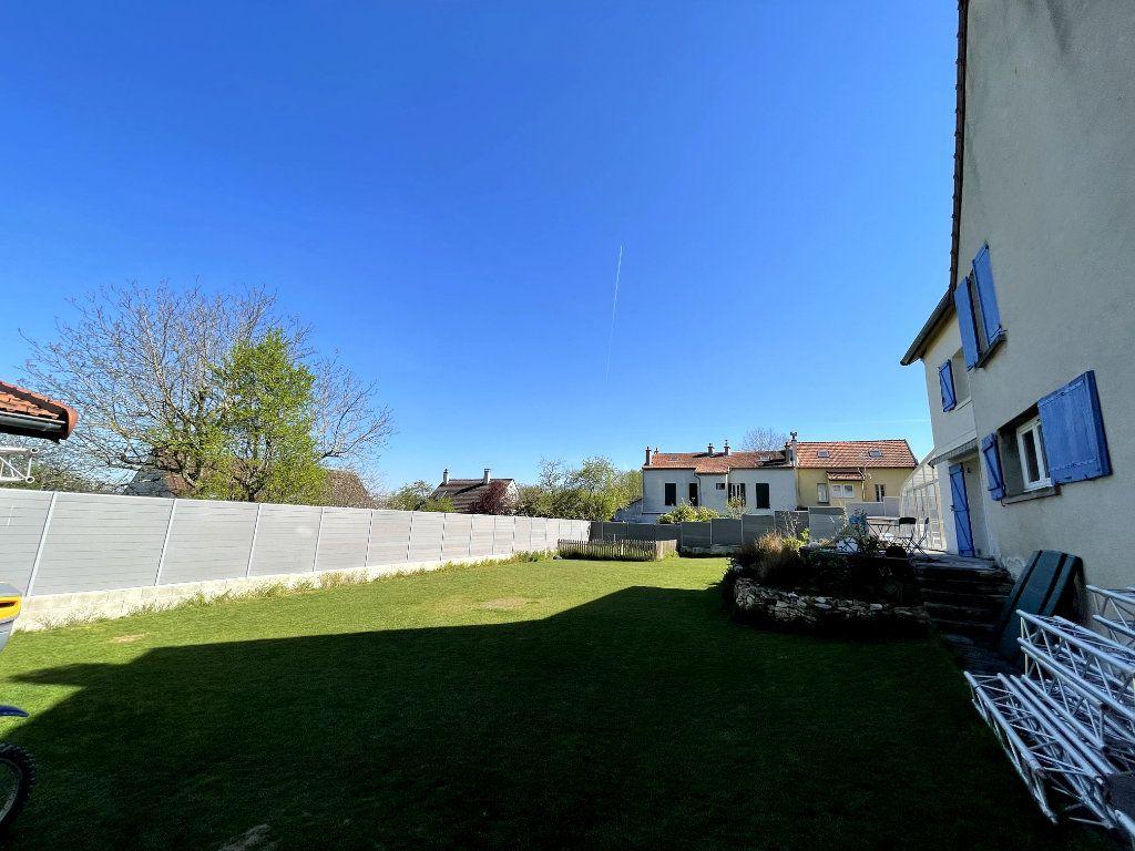 Maison à vendre 9 300m2 à Saint-Thibault-des-Vignes vignette-2