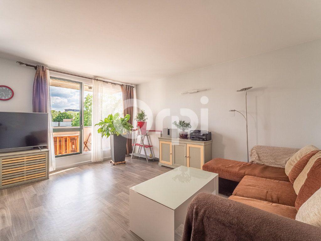 Appartement à vendre 3 72m2 à Lognes vignette-1
