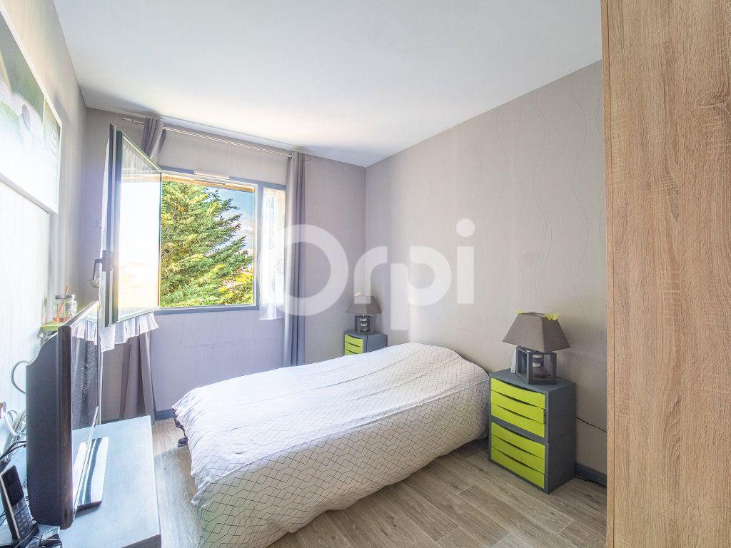 Appartement à vendre 3 72m2 à Lognes vignette-8