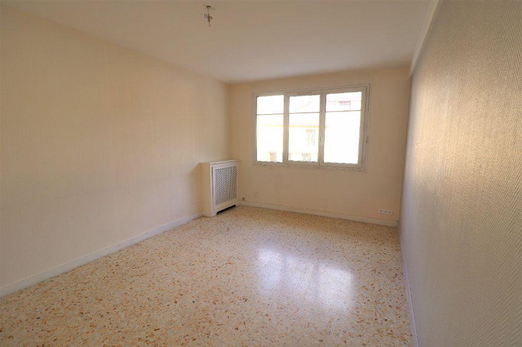 Appartement à vendre 4 98.26m2 à L'Escarène vignette-1