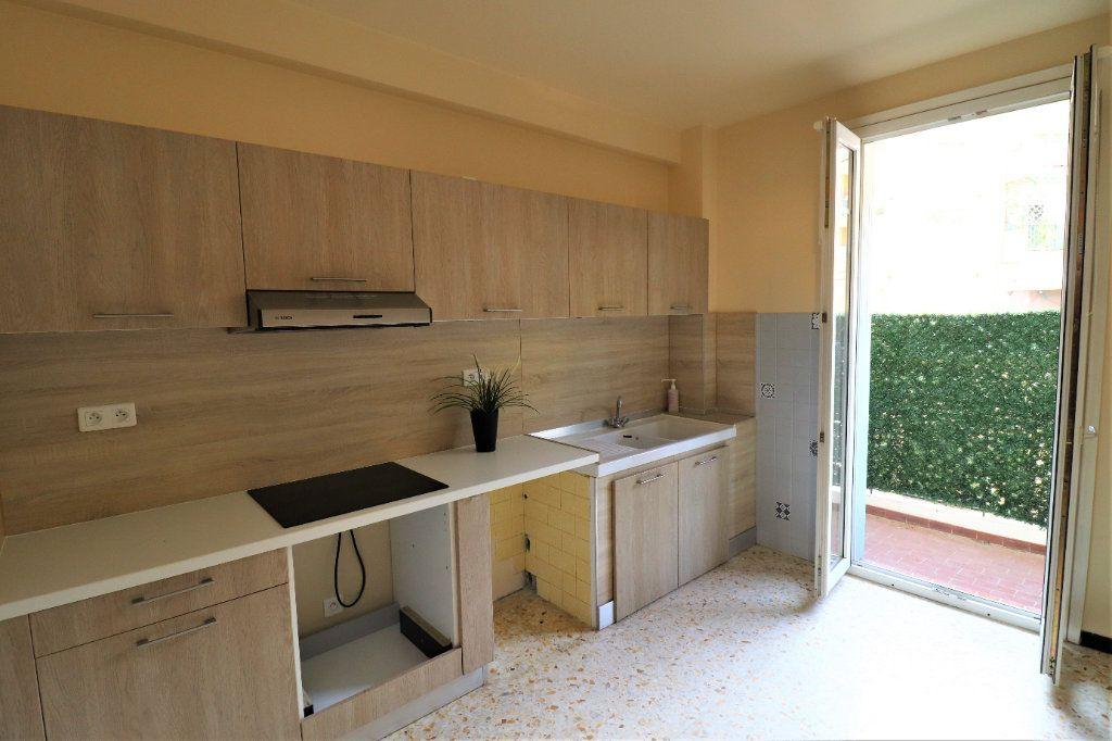 Appartement à vendre 4 98.26m2 à L'Escarène vignette-5