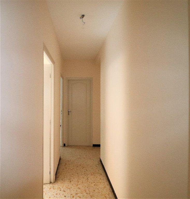 Appartement à vendre 4 98.26m2 à L'Escarène vignette-8