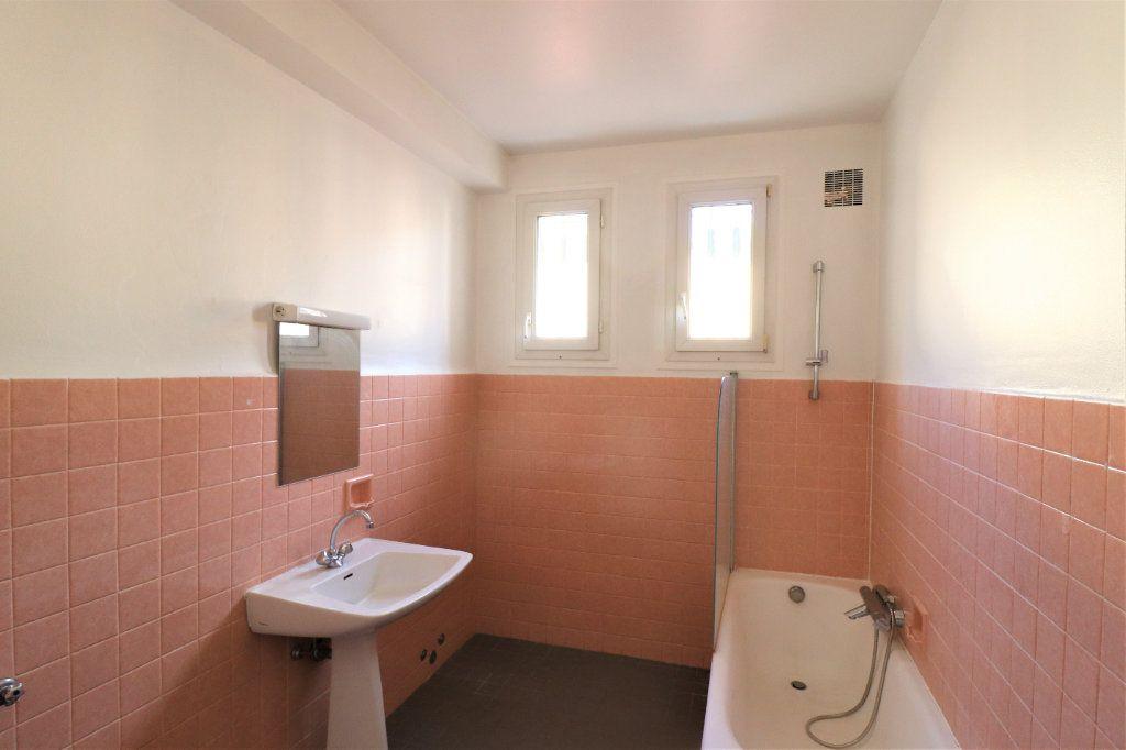 Appartement à vendre 4 98.26m2 à L'Escarène vignette-9