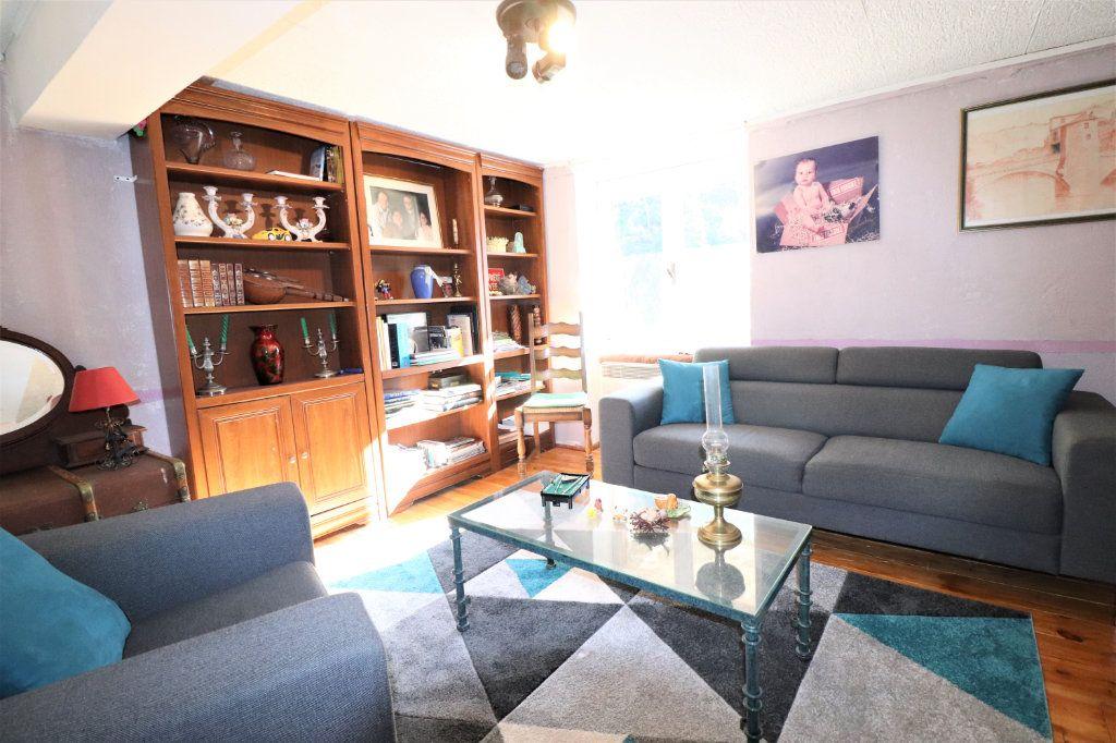 Appartement à vendre 5 100m2 à L'Escarène vignette-1