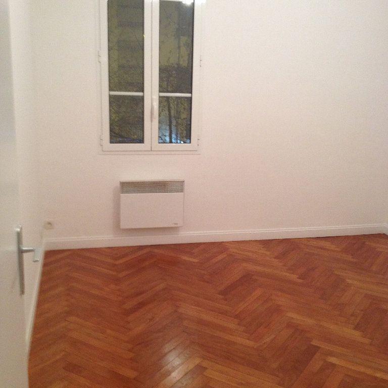 Appartement à louer 1 30.24m2 à Nice vignette-4
