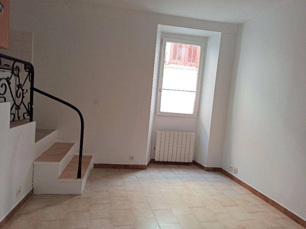 Appartement à louer 1 14.56m2 à L'Escarène vignette-1