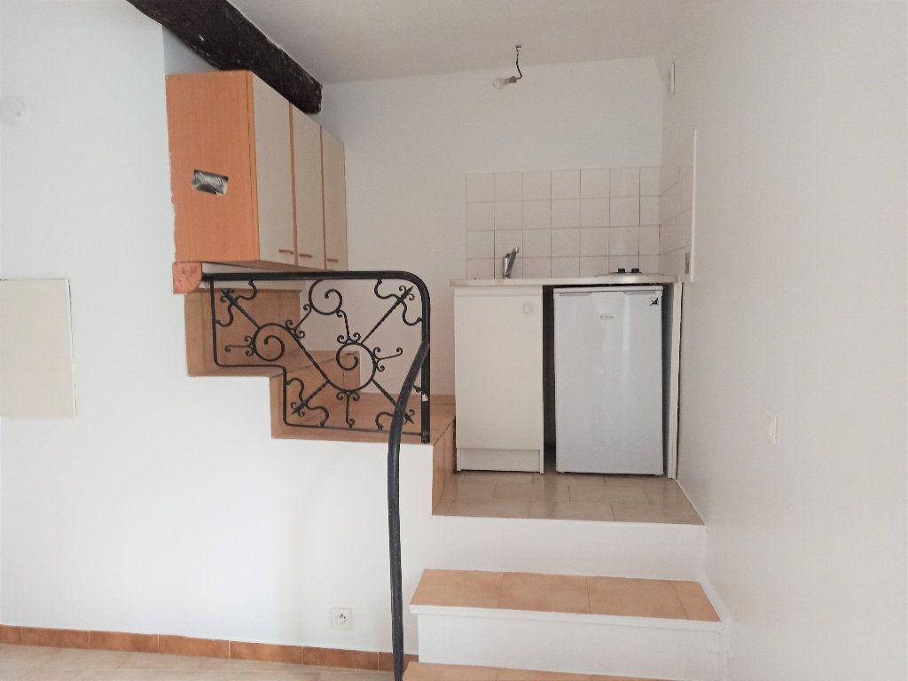 Appartement à louer 1 14.56m2 à L'Escarène vignette-2
