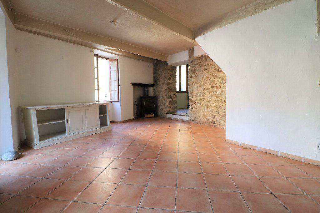 Maison à vendre 4 102m2 à Lucéram vignette-2